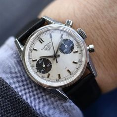 A day late but coming in a few hours the rare Decimetre panda-dialled Heuer Carrera 7753SND on the wrist
