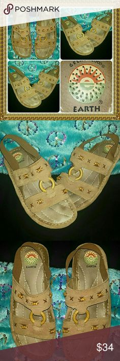 ?? EARTH SPIRIT BOHO GYPSY BEADED SANDALS SHOES A+ QUALITY & COMFIEST  sandals u cud EVER OWN!!!...EARTH SPIRIT gel ron 2000s, LADIES SIZE-8 and in VERY NICE pre-luved  condition with VERY MINIMAL signs of wear EARTH SPIRIT Shoes Sandals