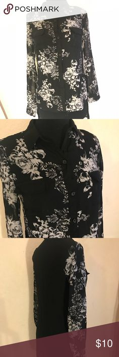 Sheer floral button up black collar shirt I used to wear this a lot for work, its a true EXTRA SMALL shoulder wise, cleaning out my closet Studio Y Tops Button Down Shirts