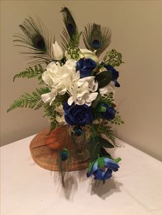 Hamilton New Zealand, Hanukkah, Bouquets, Wreaths, Beautiful, Design, Home Decor, Homemade Home Decor, Bouquet