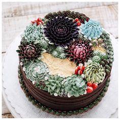 Cette amoureuse de la nature cuisine des gâteaux qui ressemblent à des plantes | Daily Geek Show