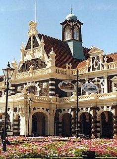 Travel Inspiration for New Zealand - Dunedin Railway Station in New Zealand