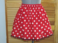 Minnie Mouse Skirt Awesome for a Halloween by AquamarCouture Minnie Mouse Skirt, Mickey Mouse, Disney Marathon, Toddler Skirt, Kids Outfits Girls, Cute Skirts, Skirt Outfits, Halloween Costumes, Clothes For Women