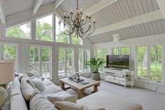 The view, the windows, opening onto the deck Family Room Addition, Sunroom Addition, Lofts, Vaulted Living Rooms, Sunroom Decorating, Sunroom Ideas, Decorating Ideas, Four Seasons Room, Three Season Room