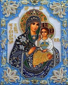 diy diamond embroidery Religious Our Lady and baby diamond painting Jesus mosaic beadwork pictures Rhinestones cross stitch Religious Pictures, Religious Icons, Religious Art, Religious Paintings, Religious People, Blessed Mother Mary, Mary And Jesus, Madonna And Child, 5d Diamond Painting