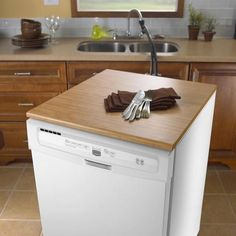 Trendy Home Hacks Organization Built Ins Ideas Dishwasher Cabinet, Small Dishwasher, Portable Dishwasher, Best Dishwasher, Dishwasher Detergent, Kitchen On A Budget, Diy Kitchen, Kitchen Decor, Small Space Bathroom