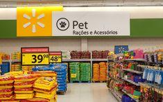 Walmart transforma o conceito de hipermercados no país - Walmart Brasil Supermarket Design, Retail Store Design, Seafood Store, Signage Board, Pop Display, Layout, Home Gadgets, Pet Shop, Grocery Store