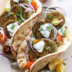 Healthy Falafel Recipe, Tasty Vegetarian Recipes, Healthy Veg Recipes, Healthy Recipe Videos, Whole Food Recipes, Diet Recipes, Cooking Recipes, Smoothie Recipes, Salads