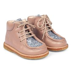 #Angulus Kleinkind Glitzer Boots, wie super niedlich | Sko med snøre Toddler Shoes, Timberland Boots, Cute Babies, High Top Sneakers, Sandals, Shopping, Kids, Fashion, Lanyards