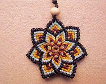 Llavero mandala macramé - llavero flor hippie étnica multicolor