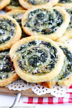 3-Cheese Spinach Roll-Ups ~ spinach, cream cheese and white cheddar cheese rolled up in buttery, flaky pastry and baked until they puff up and turn golden brown with gooey centers.