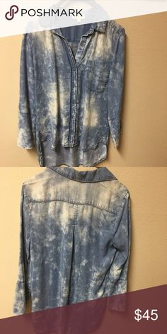 Cloth & Stone top from Anthropologie! NWOT New!! Never washed or worn. So cute and comfy! Anthropologie Tops Button Down Shirts