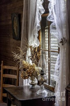 Dried Flowers and Oil Lamp Still Life by Lynn Palmer Be Still, Still Life, Old Lamps, Dry Leaf, Through The Window, Light Photography, Windows And Doors, Country Living, Dried Flowers