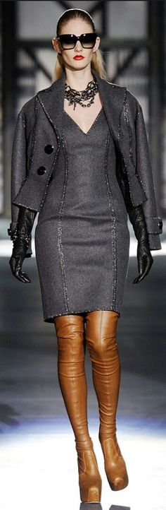 DSQUARED² FALL 2010 READY-TO-WEAR