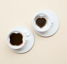 Story Cup / Plain Cup and Saucer set)