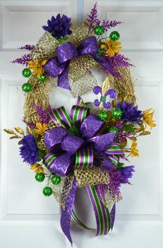 Pocket Mardi Gras Wreath