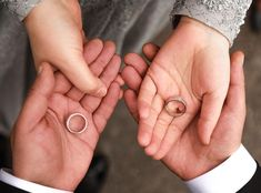 Likes, 11 Kommentare - Semra Akçay - Sanatpare (@ zum Instagra . Wedding Couple Poses Photography, Bridal Photography, Wedding Poses, Wedding Couples, Engagement Couple, Engagement Photos, Foto Casual, Wedding Venue Inspiration, Space Wedding