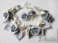 """Купить Комплект """"Зимний букет"""" - подарок, комплект украшений, роза, серьги, браслет, полимерная глина"""