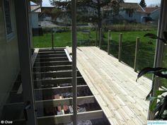 Bygget av vårt nya uterum / vinterträdgård. Inredningen går lite i New England, maritim, skärgårdsstil med orientaliska inslag.
