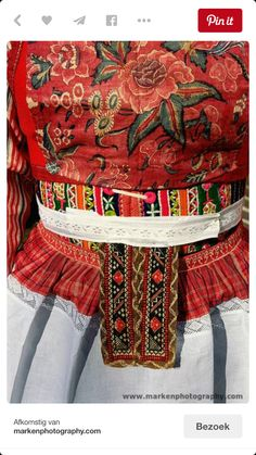 Detail klederdracht Marken