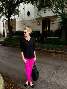 Style: Dead of Winter Capri Pants Outfits, Pink Pants Outfit, Hot Pink Pants, Legging Outfits, Pink Outfits, Classy Outfits, Summer Outfits, Casual Outfits, Cute Outfits