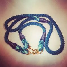 Teal collar and lead set  #ropeleash #ropelead #doglead #dogleash #handmade #ropecollar #brambleandfriends #teal by brambleandfriends