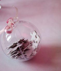 cadeau invite de mariage diy message puzzle boule