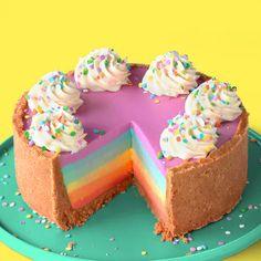 how to make this easy, no-bake, rainbow cheesecake!Learn how to make this easy, no-bake, rainbow cheesecake! A no-bake white chocolate rainbow cheesecake that's super simple to make! No-Bake Rainbow Cheesecake ~ Recipe Rainbow Cheesecake, Rainbow Desserts, Rainbow Food, Rainbow Baking, Rainbow Cakes, Rainbow Sweets, Rainbow Drinks, Kids Rainbow, Rainbow Theme