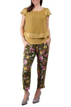 Deha / Different. Capri Pants, Pajama Pants, Pajamas, Fashion, Pjs, Moda, Capri Trousers, Sleep Pants, Fashion Styles