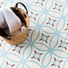 Cement Tile Design by The Cement Tile Shop Floor Patterns, Tile Patterns, House Tiles, Wall Tiles, Floor Design, Tile Design, Encaustic Tile, Decoration Inspiration, Interior And Exterior