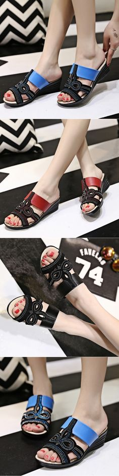 "Platinum Shoe Sandal Club Slippers Metallic Low Heel Open Toed Ankle ""Garnished Ripped Flip Flops, Reflexology Flip-flops"" Girl Female Open Toe Beautiful Ankle Max Low Heeled Elevator Cat Barefoot Rubber Slippers Sandale Special Occasion Thin Strap Pearl Black Bow Sexiest Satin."