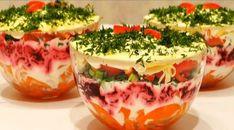 O salată delicioasă în straturi, cu ardei gras - se face repede și se mănâncă și mai repede! - Bucatarul Good Food, Yummy Food, Tasty, Keto Recipes, Cooking Recipes, No Sugar Diet, Valentines Food, Russian Recipes, Food To Make