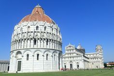 The Leaning Tower and Security Piazza del Duomo Pisa Italy, Photo Competition, Photo Wallpaper, Summer Colors, Places Ive Been, Taj Mahal, Places To Visit, Castle, Around The Worlds