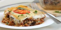 Vegetable moussaka casserole - a much quicker and easier way to make a gorgeous veggie moussaka! Vegetarian Recipes Easy, Veggie Recipes, Gourmet Recipes, Cooking Recipes, Healthy Recipes, Cooking Food, Mousaka Recipe, Jewish Recipes, Jars