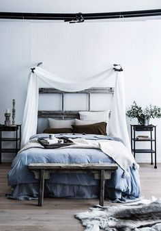 It might be time for a boudoir revamp and the zen bedroom trend is the answer to your dreams. Serene Bedroom, Zen Master Bedroom, Zen Space, Sweet Home, Australian Homes, Elegant Homes, My New Room, Bed Frame, Boudoir