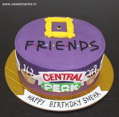FRIENDS tv show theme small customized designer fondant cake by Sweet Mantra - Customized 3D cakes Designer Wedding/Engagement cakes in Pune - http://cakesdecor.com/cakes/285456-friends-tv-show-theme-small-customized-designer-fondant-cake