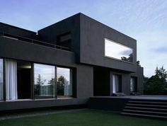 1-le-minimalisme-en-architecture-une-jolie-maison-de-style-contemporain-avec-pelouse-verte