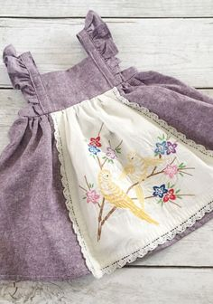 Sweet handmade linen and cotton baby toddler dress with vintage embroidery THEPA … - Baby Dress Fashion Kids, Baby Girl Fashion, Fashion Sewing, Dress Fashion, Sewing Clothes, Doll Clothes, Dress Sewing, Clothes Crafts, Clothes For Kids