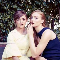 Post with 3299 votes and 95404 views. Sophie Turner & Maisie Williams New York Times Photo Shoot Maisie Williams Sophie Turner, New York Times, Ny Times, Young Celebrities, Celebs, Game Of Thrones, Sansa Stark, English Actresses, Arya