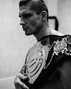 AND STILL!!! Thanks for all the love and support you guys, you are truly amazing  #love #support #fans #champion #kingofkickboxing #nextlevel