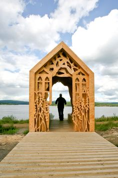 The first of Studio Weave's two structures, Robin's Hut is on the north bank of Kielder Water. Using the site as inspiration, they imagined a story of two lovers, Robin and Freya, and the shelters they might have used. Architecture Program, Wood Architecture, Studio Weave, Gazebo, Pergola, Small Buildings, Forest Park, Dezeen, Cnc Router