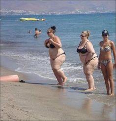photos de plage insolites 30   Photos de plage insolites   plage photo image fail chateau de sable bronzage