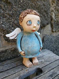 Pottery Sculpture, Sculpture Clay, Ceramic Painting, Ceramic Art, Ceramic Pottery, Pottery Art, Pottery Angels, Clay Angel, Clay Owl