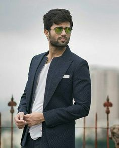 Looks like a pro😘 Famous Indian Actors, Indian Celebrities, Prabhas Pics, Hd Photos, Cute Actors, Handsome Actors, Telugu Hero, Vijay Devarakonda, Vijay Actor