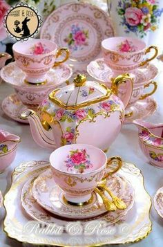 Afternoon tea set so pretty in pink. - Tea Set - Ideas of Tea Set - Afternoon tea set so pretty in pink. Tea Cup Set, My Cup Of Tea, Tea Cup Saucer, Vintage Dishes, Vintage China, Vintage Tea Cups, Teapots And Cups, Teacups, Vintage Party