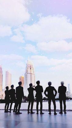 Tagged with exo, baekhyun; Shared by 180116 Lockscreen EXO in DuBai Baekhyun Chanyeol, Park Chanyeol, Kdrama, Exo Music, L Wallpaper, Exo Songs, Exo Official, Exo Lockscreen, Xiuchen