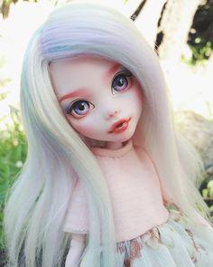 """Custom Draculaura """"Mint"""", by artist Mozekyto. Custom Monster High Dolls, Monster Dolls, Monster High Repaint, Custom Dolls, Doll Crafts, Diy Doll, Pretty Dolls, Beautiful Dolls, Ooak Dolls"""