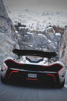 Ferrari porche lamborghini bugatti and many other awesome cars i like Luxury Sports Cars, Best Luxury Cars, Maserati, Bugatti, Mclaren Autos, Mclaren P1 Black, Dream Cars, Design Autos, Sports Car Wallpaper