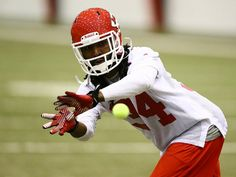 New Chiefs DB Dunta Robinson running hand-eye coordination drills during mini camp
