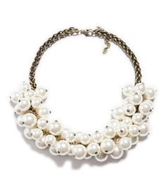 MAXI PEARL NECKLACE - Accessories - Accessories - Woman - ZARA Italy  Have more of a classic style? This pearl twist will be great for you.